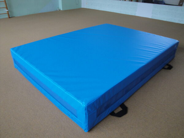 Crash mat (with Rippled Filler) 200x150x30 cm