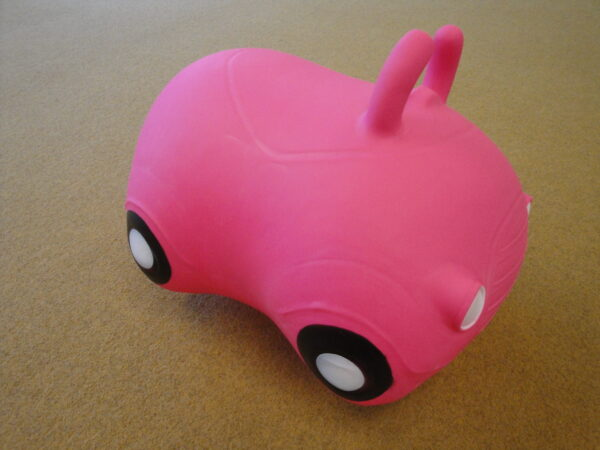 "Hüppepall ""Roosa auto"""